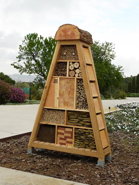 Hotel JBB  INSECT HOTELS